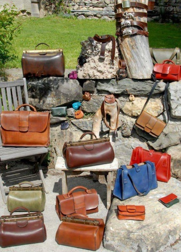 Le Rembertin Leather Workshop - Les Sybelles